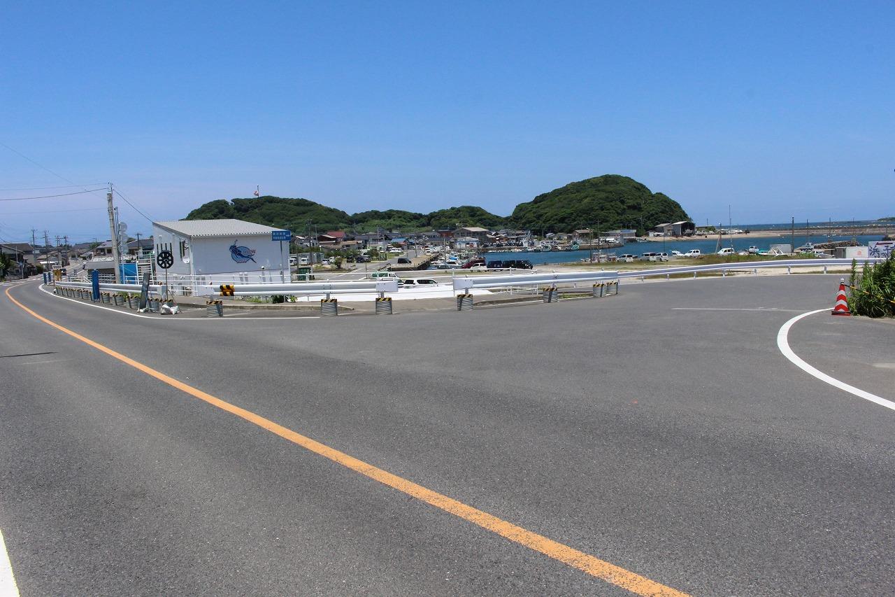 日の出丸 遊漁船 釣り船 初心者歓迎 船体 港浜漁港 アクセス情報 漁港入口